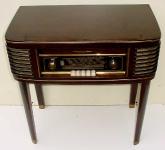 Loewe Radiotisch 2454T