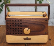 Personal Wooden Radio WR01A-2B